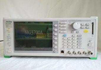 アンリツ MG3700/002,021 ベクトル信号発生器