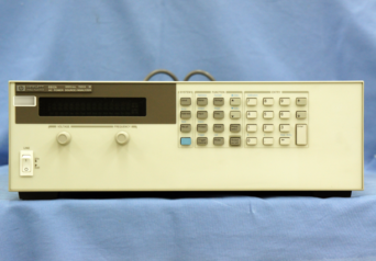 HP 直流安定化電源 6673A