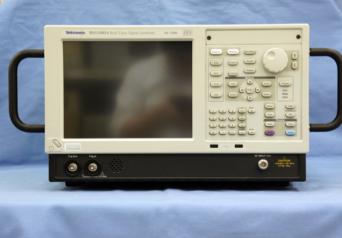 Tektronix RSA5103A リアルタイムシグナルアナライザ
