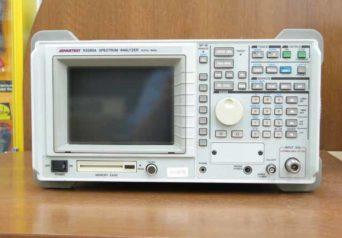 アドバンテスト スペクトラム・アナライザ R3265A