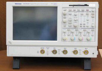 Tektronix TDS5054B デジタルオシロスコープ