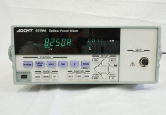 エーディーシー 8250A 光パワー・メータ