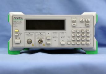 アンリツ マイクロ波周波数カウンタ MF2413C