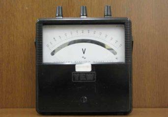 横河計測 携帯用交流電圧計 2013-18
