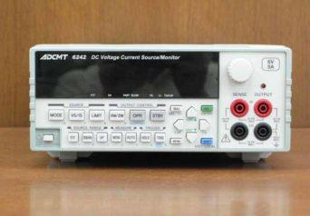エーディーシー 直流電圧・電流発生器 6242