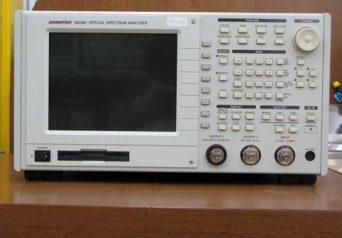 アドバンテスト 光スペクトラムアナライザ Q8384