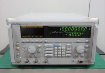 アンリツ MG3642A シンセサイズド信号発生器