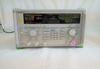 アンリツ MG3642A/01,11,21,22 シンセサイズド信号発生器
