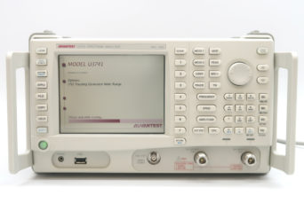 アドバンテスト U3741/76 スペクトラムアナライザ