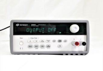 キーサイト E3644A 80W単出力電源(8 V/ 8 Aまたは20 V/4A)