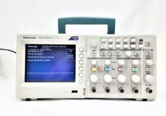 Tektronix TDS2024C デジタルストレージオシロスコープ